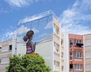 Французский стрит-арт художник пишет потрясающие фрески на стенах по всему свету