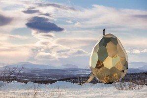 Сауна-солнечное яйцо построена в Швеции