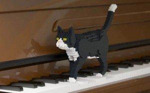 Лего-коты в натуральную величину