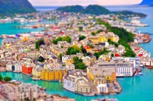20 красивейших мест планеты в миниатюре
