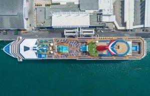 Снимки круизных лайнеров с высоты птичьего полета