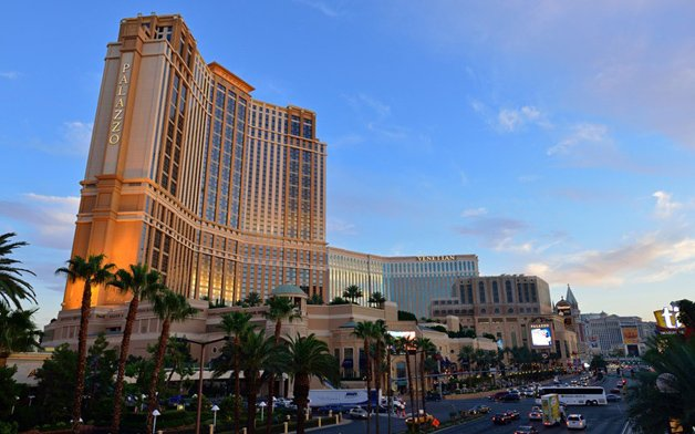 самый большой отель
