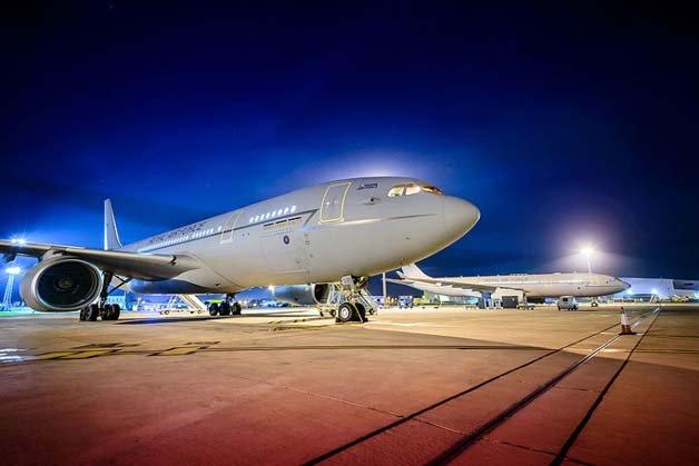 RAF_STAR-TREK-VOYA_2708427k