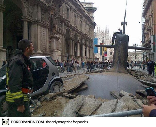 milan-submarine-street-mc-saatchi-ea-italia-4