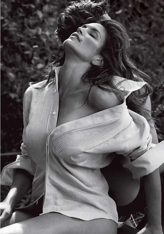 Cindy-Crawford-V-Magazine-Sebastian-Faena-01