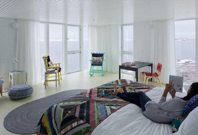 l_pg--50-room-22-bed-view-fogo-inn-tsa-2984-1
