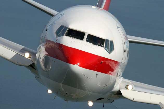Airteam_Boeing_bus_2746445k