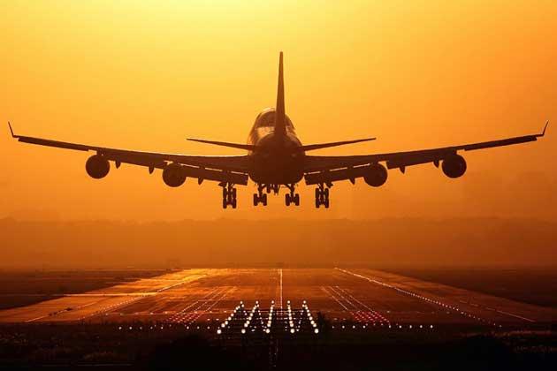 Airteam_747_taking_2746422k