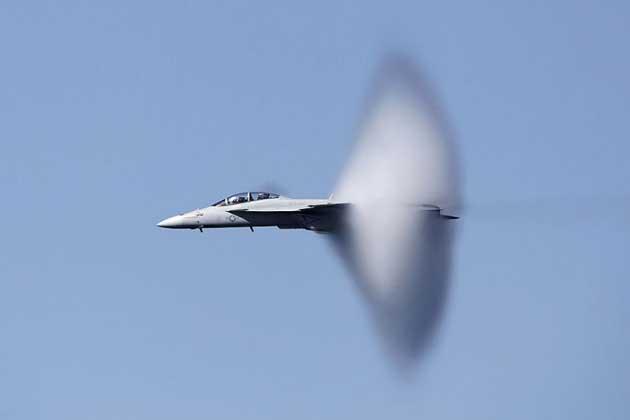 Air team_FA-18_Supe_2746426k