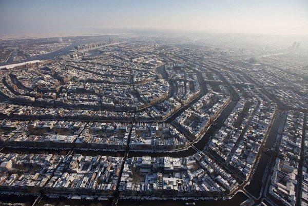 birds-eye-view-aerial-amsterdam-600x402