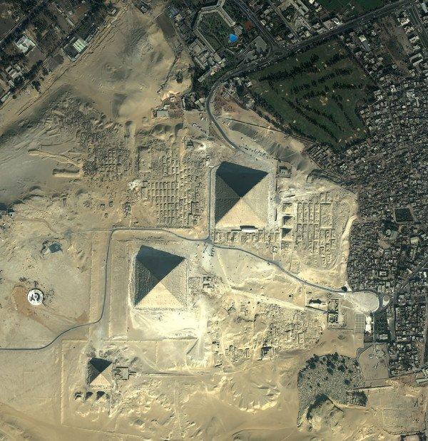 birds-eye-view-aerial-giza-600x619