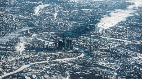 birds-eye-view-aerial-moscow-600x334