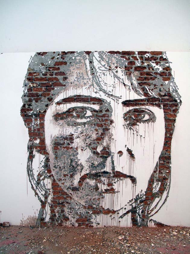 wall-carving-portraits-street-art-alexandre-farto-21