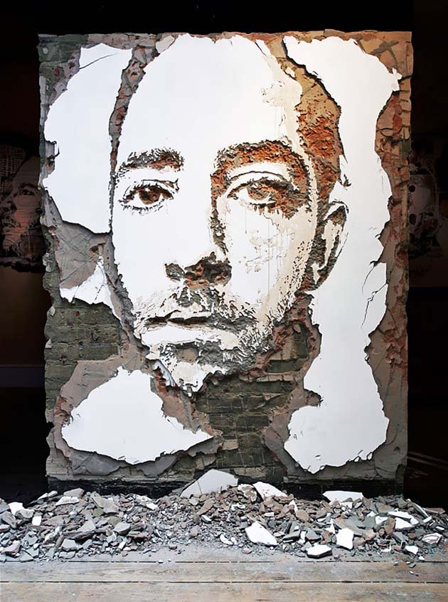 wall-carving-portraits-street-art-alexandre-farto-34