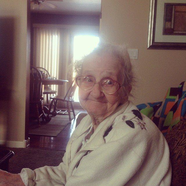 Бабушка Бетти- божий одуванчик