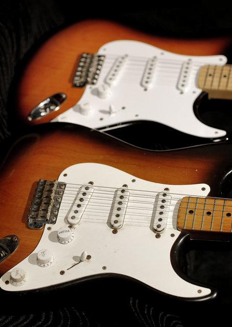 60-fender-stratocaster06