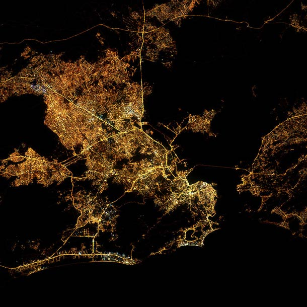 Nighttime-city-maps-3