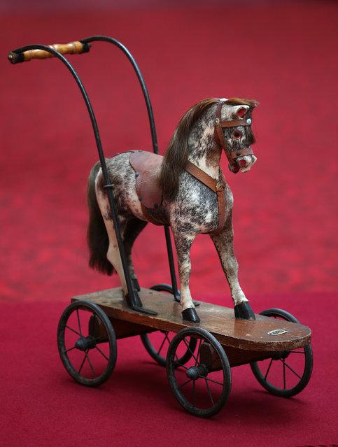 Лошадка на колесах