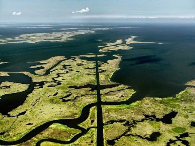 Submerged Pipeline, Gulf of Mexico, 2010