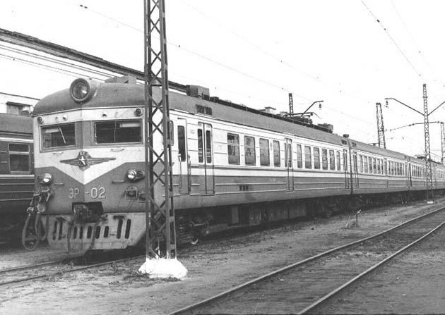 электропоезд ЭР22