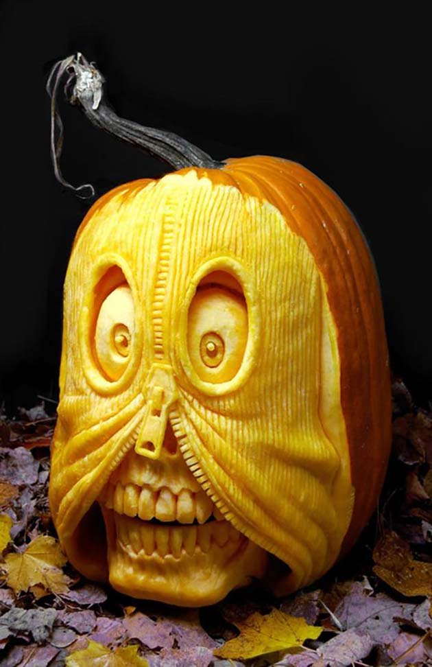 pumpkin-carving-by-ray-villafane-studios-3