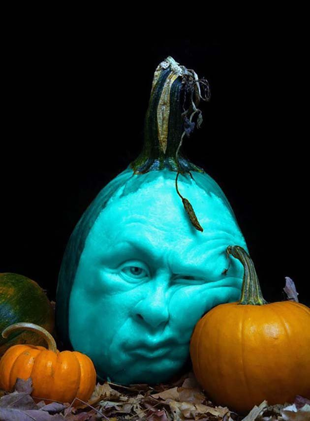 pumpkin-carving-by-ray-villafane-studios-6