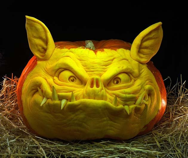 pumpkin-carving-by-ray-villafane-studios-7