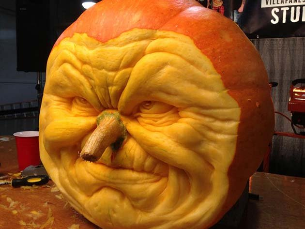 pumpkin-carving-by-ray-villafane-studios-8