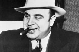 10 самых знаменитых гангстеров мира