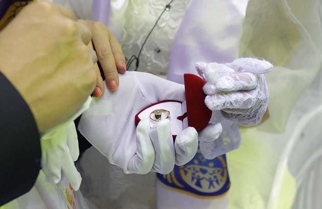 massovaya-svadba-v-ugnoi-koree06