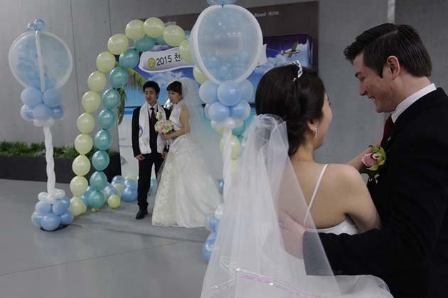 massovaya-svadba-v-ugnoi-koree07