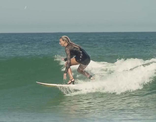 2BECD4FF00000578-3220504-Maud_Le_Car_pictured_23_is_a_professional_surfer_from_St_Martin_-m-11_1441249847154
