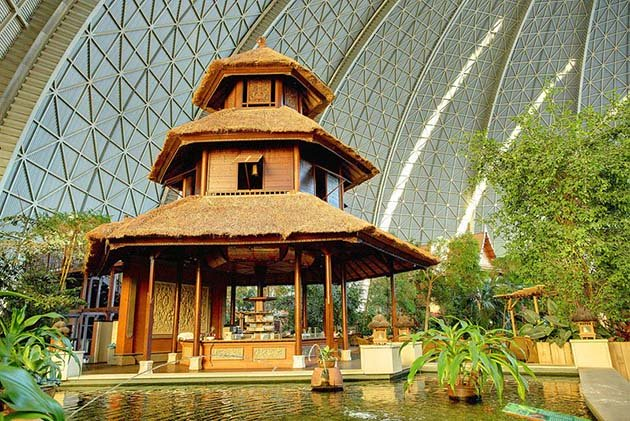 tropical-islands-resort-the-giant-waterpark-inside-an-old-german-airship-hangar-1