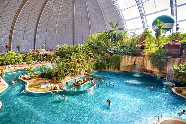 tropical-islands-resort-the-giant-waterpark-inside-an-old-german-airship-hangar-2