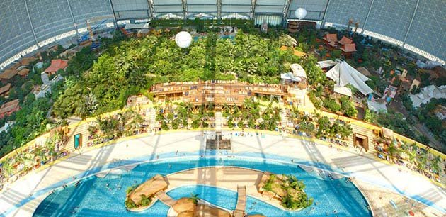 tropical-islands-resort-the-giant-waterpark-inside-an-old-german-airship-hangar-4