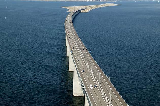 tunnel-bridge-oresund-link-artificial-island-sweden-denmark-14