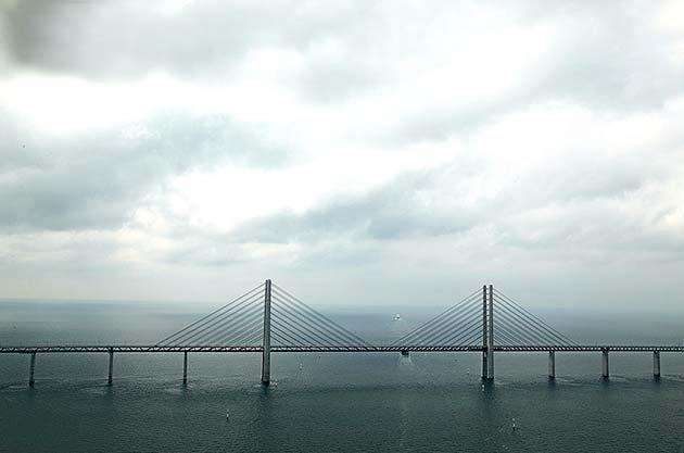 tunnel-bridge-oresund-link-artificial-island-sweden-denmark-8