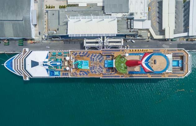 shipsatport-7