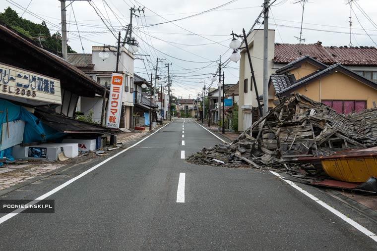 Fukushima-exclusion-zone-Arkadiusz-Podniesinski-2