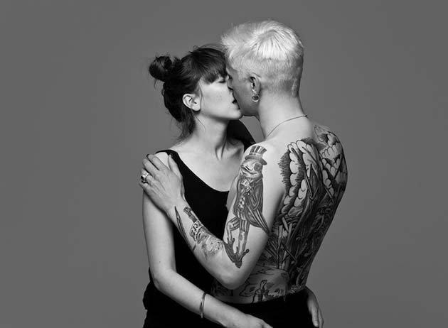 kissing09