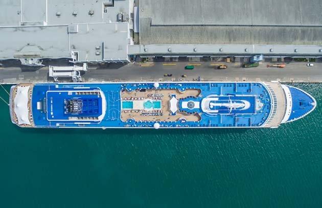 shipsatport-8