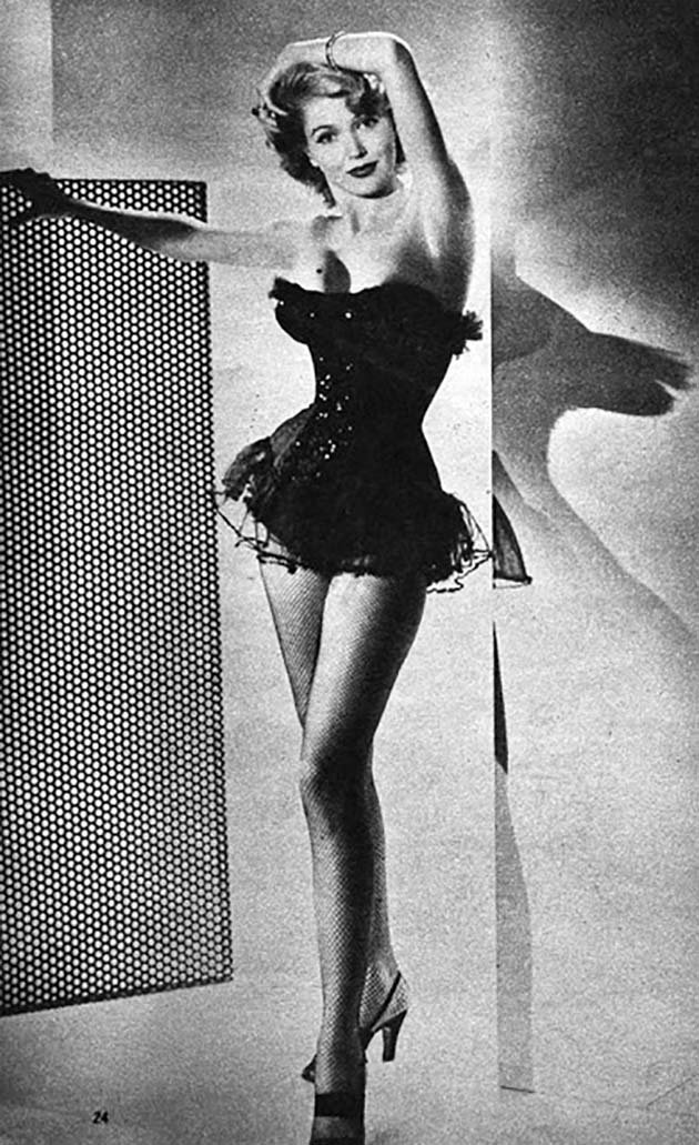 1950s Glamour Photography (16)