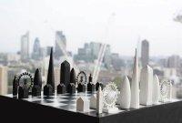Высотные шахматы — красивый шахматный набор из фигурок-небоскребов